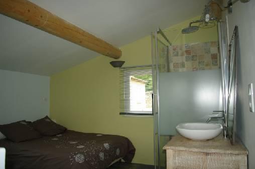 chambre et salle d'eau
