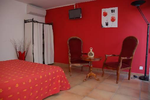 Chambre d'hote Vaucluse - chambre coquelicot
