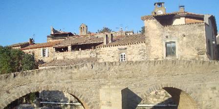 Chambre d'hotes Domaine Marselan > Le pont romain