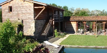 La Pierre Folle Piscine naturelle et terrasse