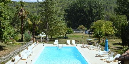Location de vacances Domaine La Provenç'âne > piscine chauffée en mi-saison