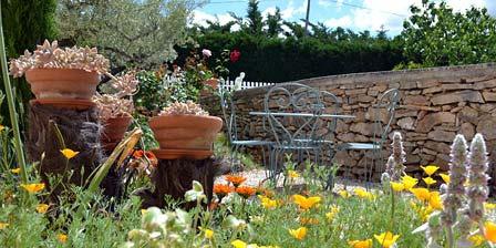 Chambres D'hotes Domaine de La Garrigue Décor campagne et nature au Domaine de la Garrigue