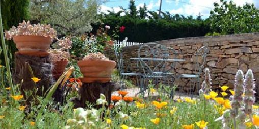 Décor campagne et nature au Domaine de la Garrigue