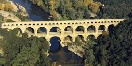 Bed and breakfast Mas des Petits Loups > Pont du Gard