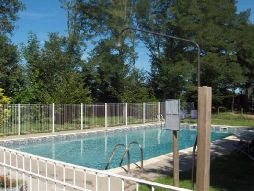 bed & breakfast Allier - Our pool
