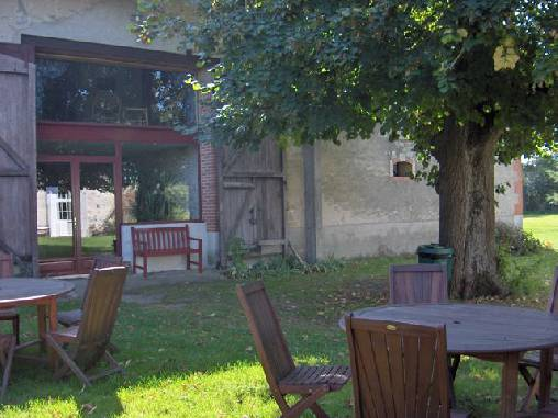 bed & breakfast Allier - Our courtyard