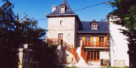 Location de vacances Aux Sabots du Causse Corrézien > Votre Studio Juste en face en haut