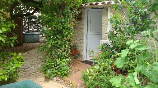 accès chambre coté jardin