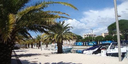 Le Soleil Bleu Promenade port Fréjus