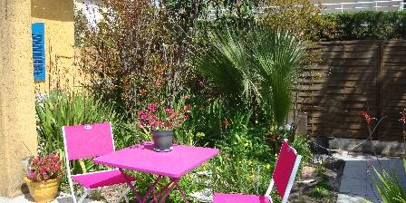 Le Soleil Bleu Le jardin