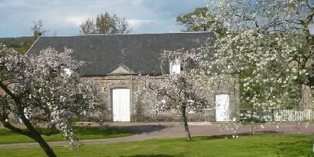 Chateau de Percy Pommiers