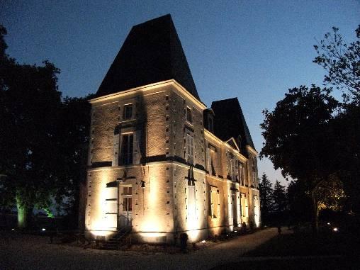Près du Puy du Fou, le château de Belle-Vue