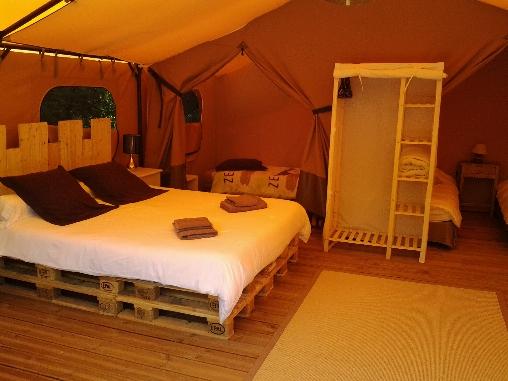 chambres d 39 hotes aude aux lodges de saint andrieu. Black Bedroom Furniture Sets. Home Design Ideas