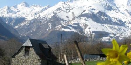 Gîte des Moulins Vue sur le massif du Gabizos