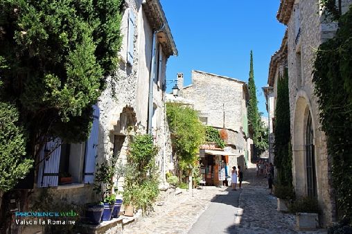 Place des Fours cité médiévale
