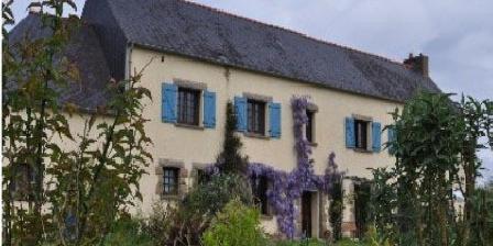 La Grande Maison La Grande Maison, Chambres d`Hôtes Le Moustoir (22)