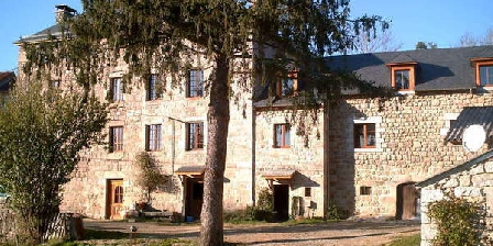 Le Petit Château Du Villard Le Petit Chateau Du Villard, Chambres d`Hôtes Le Malzieu (48)