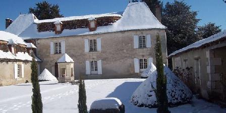 Le Puits Notre-Dame Château La Gentilhommière du Puits Notre-Dame, Chambres d`Hôtes Saint Léon Sur L'Isle (24)