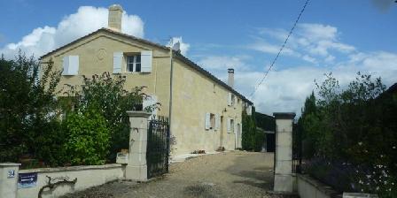 Cabadentra Saint- Emilion Chambres d'hôtes Cabadentra Saint- Emilion, Chambres d`Hôtes St Sulpice De Faleyrens (33)