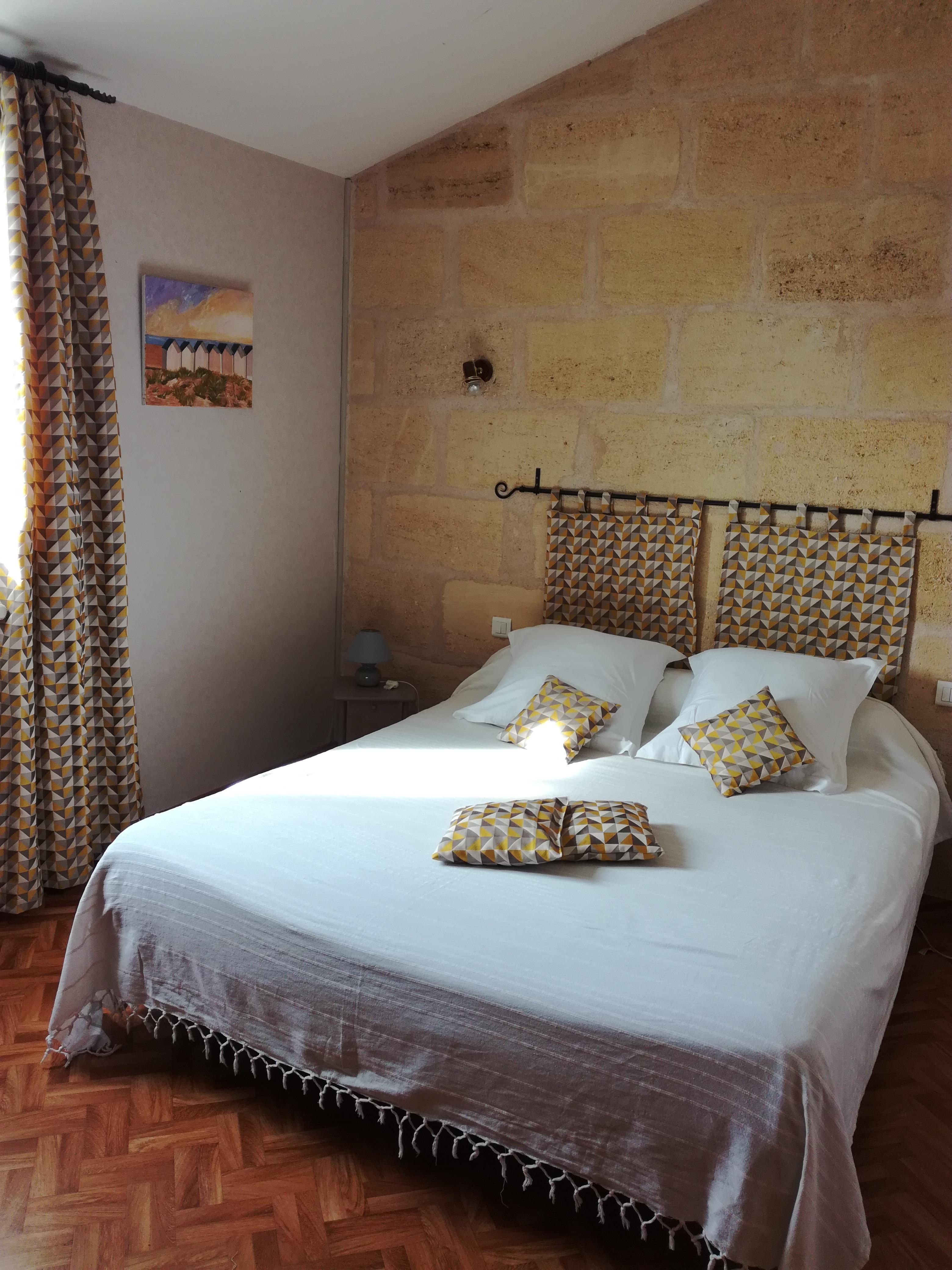 cabadentra saint emilion une chambre d 39 hotes en gironde en aquitaine album photos. Black Bedroom Furniture Sets. Home Design Ideas