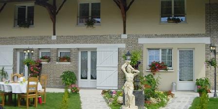 Les Charbaudieres Les Charbaudieres, Chambres d`Hôtes Saint-Hilaire Le Grand (51)