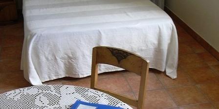 Le Cadran Solaire Le Cadran Solaire, Chambres d`Hôtes Cabrières (34)
