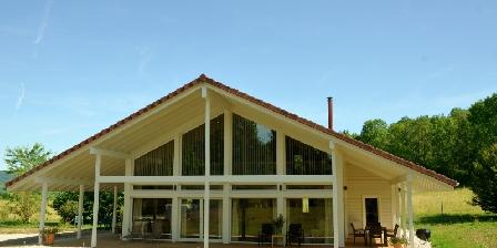 Gite Les Quatre Saisons > Chalets 5* 4 saisons Marigny,  Lac De Chalain (39)
