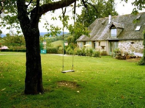 Chambre d'hote Hautes-Pyrénées - Gîtes  montagne avec piscine Les Hauts Paturages proche du Tourmalet  Hautacam Lourdes Pyrénées, Chambres d`Hôtes Ossun-ez-Angles (65)