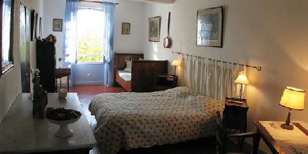 La Grande Lauzade Le Prieuré de la Grande Lauzade, Chambres d`Hôtes Le Luc En Provence (83)