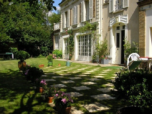Chambre d'hote Hauts-de-Seine - Kerguivic, Chambres d`Hôtes Vaucresson (92)