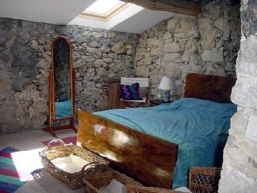 Gite ruth jessop une chambre d 39 hotes dans les alpes - Chambre notaire alpes maritimes ...