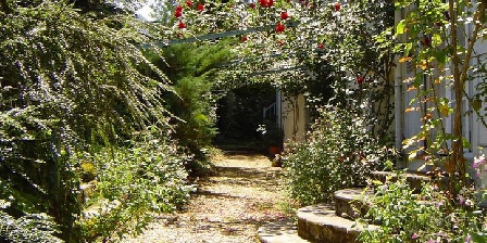 Le Grand Cedre Le Grand Cedre, Chambres d`Hôtes Saint Pé De Bigorre (65)