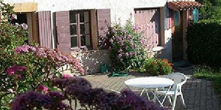 Buisant'âne Buisant'âne, Chambres d`Hôtes Le Bois D'Oingt (69)