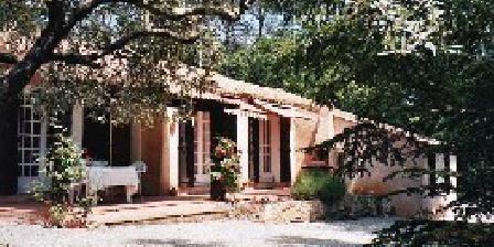 Villa Louisiane Villa Louisiane, Chambres d`Hôtes Draguignan (83)