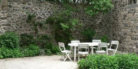 Gite Domaine de Doux Chêne > Domaine de Doux Chêne, Chambres d`Hôtes Monistrol D'Allier (43)