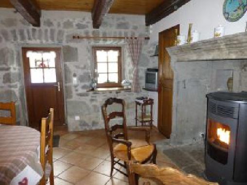 Gite au Coeur des Volcans d'Auvergne, Gîtes Saint Victor La Rivière (63)