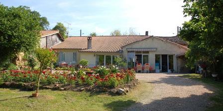 Le Bois du Mas Le Bois du Mas, Chambres d`Hôtes Saint Aulaye (24)