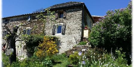 L'Oustaou de Joséphine L'Oustaou de Joséphine, cabane perchée, dôme et chambres d'hôtes