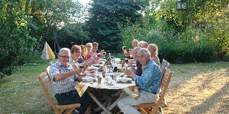Veï Lou Quéri Table d'hôte au jardin