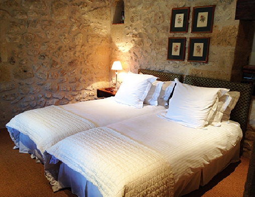 Chambre d'hote Gironde - Chateau Claud-Bellevue, Chambres d`Hôtes Belves De Castillon (33)
