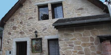 La Petite Jeanne Gite étape la Petite Jeanne, Chambres d`Hôtes Arbéost (65)