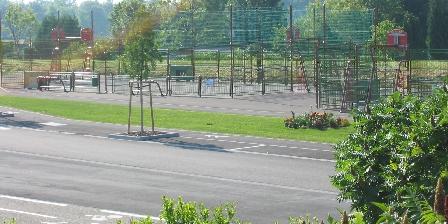 Au Pays Rhenan Terrain multisport