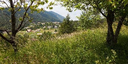 Gites Marose Vue sur le village andon
