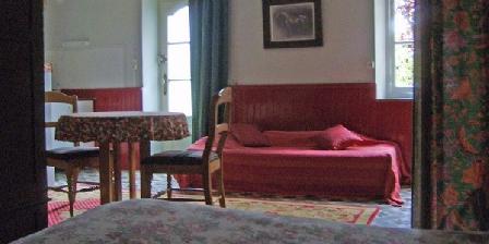 BnB C.Ewen à Villemer Gitedelyonne-Villemer, Chambres d`Hôtes Villemer (89)