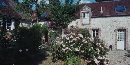 Les 3 Roses Les 3 Roses, Chambres d`Hôtes Villeneuve Sur Yonne (89)