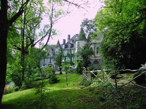 Chambre d'hote Cantal - Château de Courbelimagne, Chambres d`Hôtes Raulhac (15)