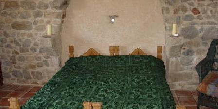 Auberge Les Liards Auberge Les Liards, Chambres d`Hôtes Egliseneuve Des Liards (63)