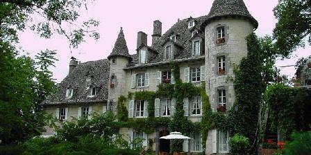 Château de Courbelimagne Gîte de charme de Courbelimagne, Gîtes Raulhac (15)