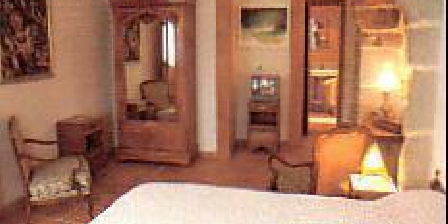 Chambre d'hotes Le Jardin Bleu > Le Jardin Bleu, Chambres d`Hôtes Crocq (23)