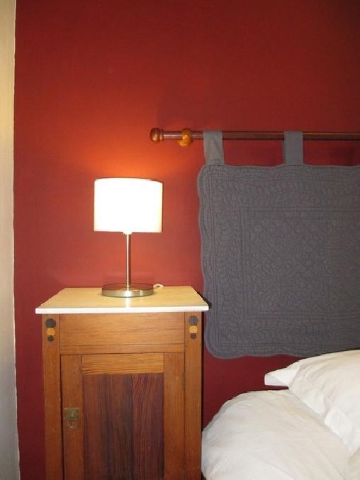 Chambres d'hôtes - Gîtes Les Glycines, Chambres d`Hôtes Mison (04)